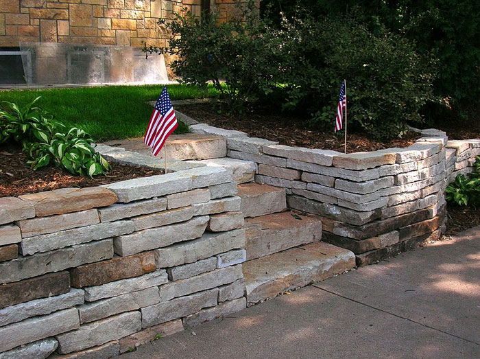 Natural Stone Retaining Walls Minneapolis